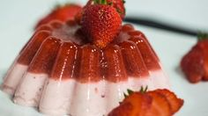 Soffrite di iperglicemia e siete costretti ad evitare anche solo diguardare i dolci?Per risparmiare calorie e zuccheri inutili (e potenzialmente dannosi)per l'alimentazione del diabetico, ho pensato oggi di proporvi un favolosobudino con fragole e yogurt preparato completamente senza zuccheri. Per megliodire, utilizzeremo un eccellente sostituto dello zucchero, noto comeeritritolo. Ma scopriamo più da vicino di che si tratta: L'eritritolorientra nella categoria dei polioli, una classe di ...
