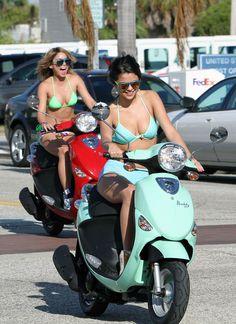 Selena Gomez And Vanessa Hudgens- Spring Breakers