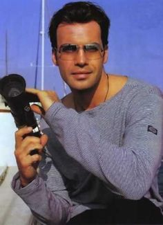 Billy Zane;)