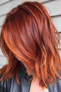 Short Red Hair Color Ideas - There are many short hairstyles that look chic and trendy and we have collected the best ever ideas for you. If you have red hair or you are going to dye it soon with red color, then we offer you combine it with short haircut Red Balayage Hair, Copper Balayage, Auburn Balayage, Red Hair With Blonde Highlights, Copper Ombre, Orange Highlights, Red Blonde, Copper Highlights, Copper Color