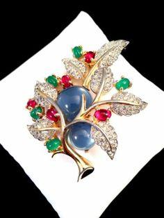 Vtg Joseph Mazer Jomaz Montana Blue Cabochon Rhinestone Leaf Berries Brooch | eBay