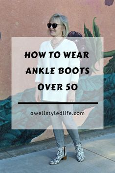 How To Wear Ankle Boots Over 50 - A Well Styled Life® - - How long should your pants be to wear with ankle boots? Here's a quick guide of what pants go with which style bootie and how to get the correct proportion. Botas Y Leggings, Ankle Boots With Leggings, Best Ankle Boots, How To Wear Ankle Boots, Ankle Boots Dress, Booties Outfit, Brown Ankle Boots, Dress With Boots, Ankle Pants