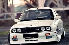 Alpine White BMW E30 M3