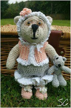 """""""Mon petit ours"""" à été créer par mes soins, au crochet, il mesure 23 cm; est réalisé en fil écologique : Jeux, jouets par deux-petites-mains"""