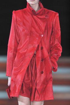 Giorgio Armani Fall 2010 - Details
