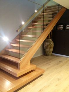 93 Stunning Modern Entrance Staircase Design Ideas - Breathtaking Modern Entrance Staircase Style and Style Thoughts - the Conspiracy Conventional will not need to suggest monotonously. Some modern-day House Stairs, Facade House, Stair Treds, Modern Driveway, Stairs Stringer, Modern Stairs, Staircase Design Modern, Glass Stairs, Modern Entrance