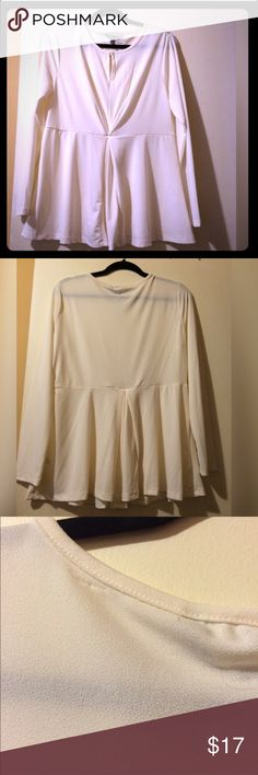 Cream Top Cream top. Peek a boo front, one pleat in the front & back for flattering fit. Little snag inside, doesn't affect the blouse as seen in last pic. NWT. Use make an offer option 🔽 Daisy Fuentes Tops Blouses