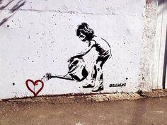 Nourish love - 10 Breathtaking Pieces of Love Street Art  <3 <3