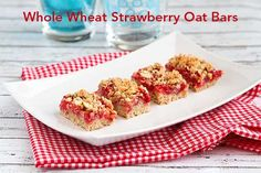 Strawberry Oat Bars via @cookincanuck & a #StrawberryPotluck Twitter Party! 8/13, 11am PST http://bit.ly/1nDIv5w #spon