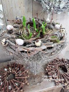 Paasstuk op glas Coen van Dijk Tuinplantencentrum