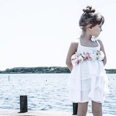 @miss_pois ss-17 #campaign ... Storie d bambine stile e #attitude (non so bene come tradurlo in italiano) ... #photo by #me @laurapanichi the Boss @billejacopo #graphicdesign  @sandralovisco #mua #location varie spiagge di #capalbio ... #alessandrobianchi #photographer #fashionphotographer #fashion #photo #style #littlegirl #girl #outfit #welcometotheclub #sea #love #life #happy #spring #summer #mood
