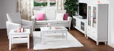 Ida-huonekalusarjassa yhdistyy ripaus perinteikästä talonpoikaishenkeä, hienostunutta kustavilaisuutta ja nykyaikainen toimiva mitoitus. Persoonallisuutta kalusteisiin tuovat kauniit yksityiskohdat: mm. uurrekoristelu eli rihlaus ja fasettihiotut lasiovet. Ida-tuoteperhe on suunniteltu niille, jo... Love Seat, Couch, Furniture, Home Decor, Settee, Decoration Home, Sofa, Room Decor, Home Furnishings