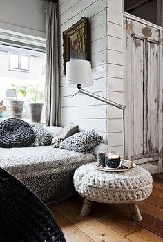 Chunky knit stool with birch legs