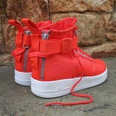 Super Precio: 99 Nike Air Force 1 SF AF1 Size Man - Precio: 99 (Spain Envíos Gratis a Partir de 99) www.loversneakers.com #loversneakers#sneakerheads#sneakers#kicks#zapatillas#kicksonfire#kickstagram#sneakerfreaker#nicekicks#thesneakersbox #snkrfrkr#sneakercollector#shoeporn#igsneskercommunity#sneakernews#solecollector#wdywt#womft#sneakeraddict#kotd#smyfh#hypebeast#nikeair #airforce #Nikeairforce