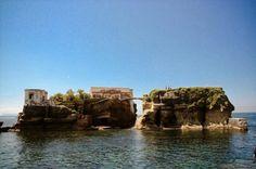La isla maldita y encantada de Gaiola, Nápoles:http://lasmejoresnoticias.ga/376