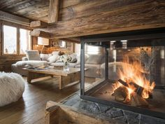 Le Grand-Bornand, holiday chalet with 5 bedrooms for 14 people. Chalet Design, Chalet Style, Chalet Chic, Design Design, Cabin Chic, Cabin Homes, Log Homes, Chalet Interior, Modern Cabin Interior