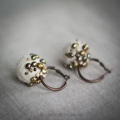 https://flic.kr/p/9dAQCs | Earrings with Felt and Pearls - More | Available