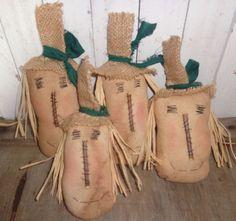 4 Extreme Primitive Grungy Primitive Scarecrow Ornies Bowl Fillers Tuck Handmade #NaivePrimitive #Handmade