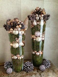 Dollar Store Christmas Table Centerpieces – Wine Glass Candle Holders Moss and ornaments. Dollar Store Christmas, Diy Christmas Gifts, Christmas Projects, Christmas Home, Holiday Crafts, Christmas 2019, Christmas Decor In Kitchen, Elegant Christmas Decor, Cheap Christmas