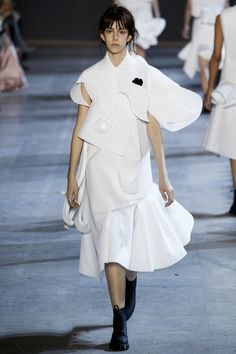 Viktor & Rolf Spring 2016 Couture Collection Photos - Vogue