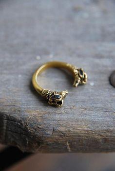 Victorian Double Ram Head Ring