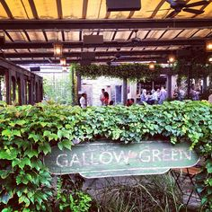 Gallow Green is a lush, secluded outdoor oasis on the top of the McKittrick Hotel. The team behind Sleep No More welded their penchant for amazing ambiance with delicious cocktails (I recommend going for one of their punches or something off the cocktail list). The roof deck at Gallow Green is enchanted and romantic, with a laid-back atmosphere. Even more surreal is the abundance of space, a scarcity in New York- so for once you don't feel as if you're on top of the other guests.