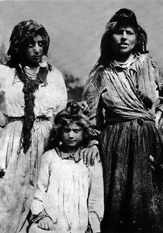 Siberian Gypsy Reshetnikov. About 1914. Kelderarka in prerevolutionary Russia. Nizhny Novgorod. Kelderarka in Nizhny Novgorod.
