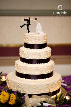 Black and white wedding cake, 4 tier wedding cake 4 Tier Wedding Cake, Wedding Cake Photos, Wedding Cakes, Black And White Wedding Cake, Desserts, Wedding Gown Cakes, Tailgate Desserts, Deserts, Cake Wedding