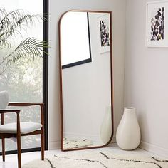 Hovet mirror aluminum high humidity safety and glass for Miroir horizontal ikea