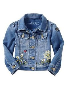 embroidered floral denim jacket cute jacket for sofia or rivera :) Kids Denim Jacket, Cute Jackets, Denim Jackets, Kids Checklist, Floral Denim, Little Fashionista, Embroidered Jeans, Kid Styles, Baby Love