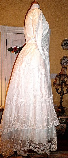 Incredible Lace Victorian Wedding gown 2 piece,