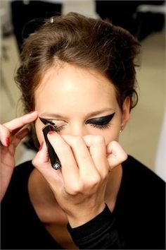 Love this dramatic look! Maybe I'll try it out for Halloween first!