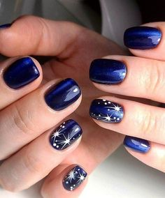 25 Cool New Years Eve Nail Designs // 25 идей ново… Nail Art Kimogstore Xmas Nails, New Year's Nails, Holiday Nails, Christmas Nails, Fun Nails, New Years Nail Designs, Holiday Nail Designs, Winter Nail Designs, Cute Nail Designs