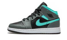 Jordan 1 Gray, Jordan 1 Mid, Jordan Ones, Aqua Shoes, Jordan Shoes Girls, Kicks Shoes, Black Wings, Hype Shoes, Retro Sneakers