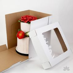 """Transfer your two tiered or 3D cakes safely with a Tall 10"""" Window Cake Box"""
