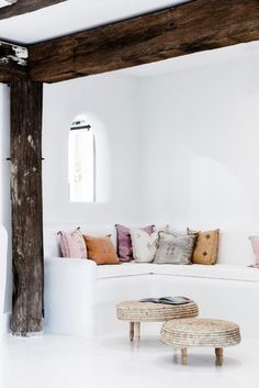 Inspiration from interior and exterior design. I select and post the interiors that make me want to live in that room. If your photo is featured and you want it removed, please contact me. Cafe Interior, Interior Styling, Interior And Exterior, Interior Decorating, Diy Interior, Interior Designing, Decorating Games, Interior Livingroom, World Of Interiors