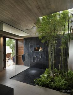 Remodel Modern Eclectic Bathroom - House on Longwood Lane Trendy bathroom shower. Remodel Modern E Dream Home Design, Modern House Design, My Dream Home, Best Home Design, Future House, My House, Outdoor Bathrooms, Dream Bathrooms, Master Bathrooms