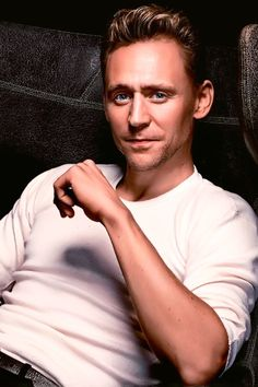 Tom Hiddleston for The Sydney Morning Herald http://ww3.sinaimg.cn/large/6e14d388gw1ey44fsct3nj211u1jqhdv.jpg