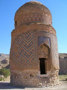 Mausoleum of Zeynel Bey, son of Sultan Uzun Hasan (Hasan the Tall) of the Aq Qoyunlu dynasty, or White Sheep Turkomans (1378–1508), in Hasankeyf, an ancient town in Turkey.