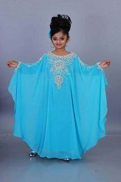 Kids Abaya, Kids Kaftan, Abaya Fashion, Fashion Dresses, Little Girl Dresses, Girls Dresses, Baby Girl Dress Patterns, Kids Frocks Design, Abaya Designs