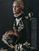 Caroline-Trentini-Vogue-Japan-October-2015-Cover-Editorial11