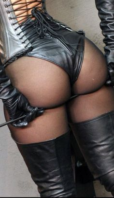 Black Leather Gloves, Leather And Lace, Leather Pants, Female Supremacy, Dominatrix, Skin Tight, Long Nails, Lady, Womens Fashion