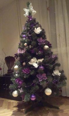 Děkujeme naši další spokojené zákaznici za krásnou fotku našeho stromečku 😍  Kupte si tuto krásu v předstihu🌲😍 Zde: www.mujstromecek.cz  #vanoce #ceskarepublika #vanocnistromek #vanocnistromecek #vanocnistrom #vánočnístromeček #kup #czechrepublic #ostrava Trees