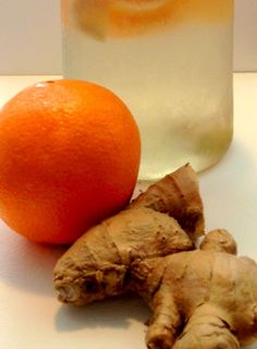 FAT BURNING Ginger Orange Fruit Infused Water not only boosts your metabolism, it also is packed full of vitamin C to help you fight a cold and stay healthy.