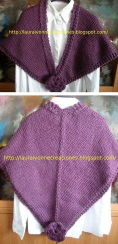 Chal tejido con agujas circulares y flores en crochet de adorno