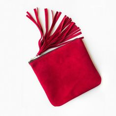 NEW Red Fringe Clutch everyday clutch tassel red clutch by patkas Red Clutch, Leather Clutch, Clutch Purse, Summer Chic, Feminine Style, Purses And Bags, Women Wear, My Style, Pink