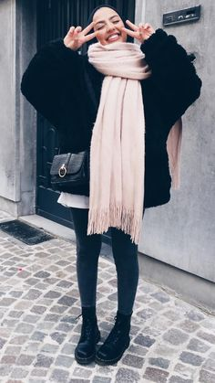 winter outfits hijab How to Style Hijab Outfit For - winteroutfits Hijab Fashion Summer, Modern Hijab Fashion, Street Hijab Fashion, Hijab Fashion Inspiration, Islamic Fashion, Muslim Fashion, Hijab Casual, Hijab Chic, Hijab Outfit