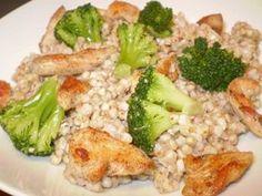 Hajdinás brokkolis csirkesaláta (gluténmentes diétás ebéd).