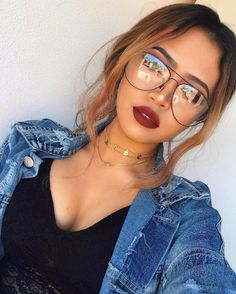 "10.5k Likes, 117 Comments - | 17 y/o (@rosemaniego) on Instagram: ""messy girl messy hair.  - • Glasses: @fleekymusthaves ✨ code: ROSE10 for 10% off any purchase ✨✋…"""