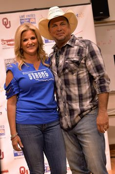 Trisha Yearwood and Garth Brooks: Oklahoma Twister Relief Concert To Benefit United Way Of Central Oklahoma May Tornadoes Relief Fund - Backstage, Audience & Press Room